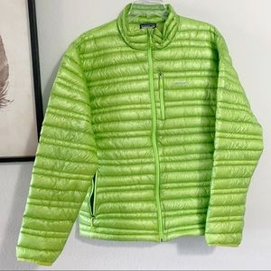 Patagonia Mens Ultralight Down Jacket Large Green